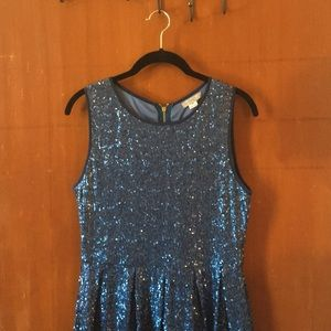 ISSI: BLUE SEQUENCE Size M Dress